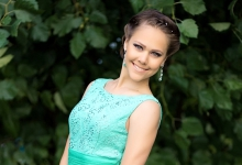 Диана 17 лет, рост 173