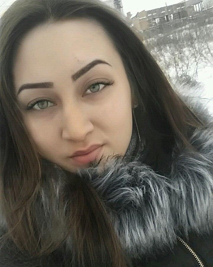 Кристина 19 лет , рост 168